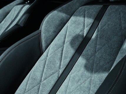 Nuevo PEUGEOT 508SW HYBRID - tapicería exclusiva en Alcantara® gris Gréval
