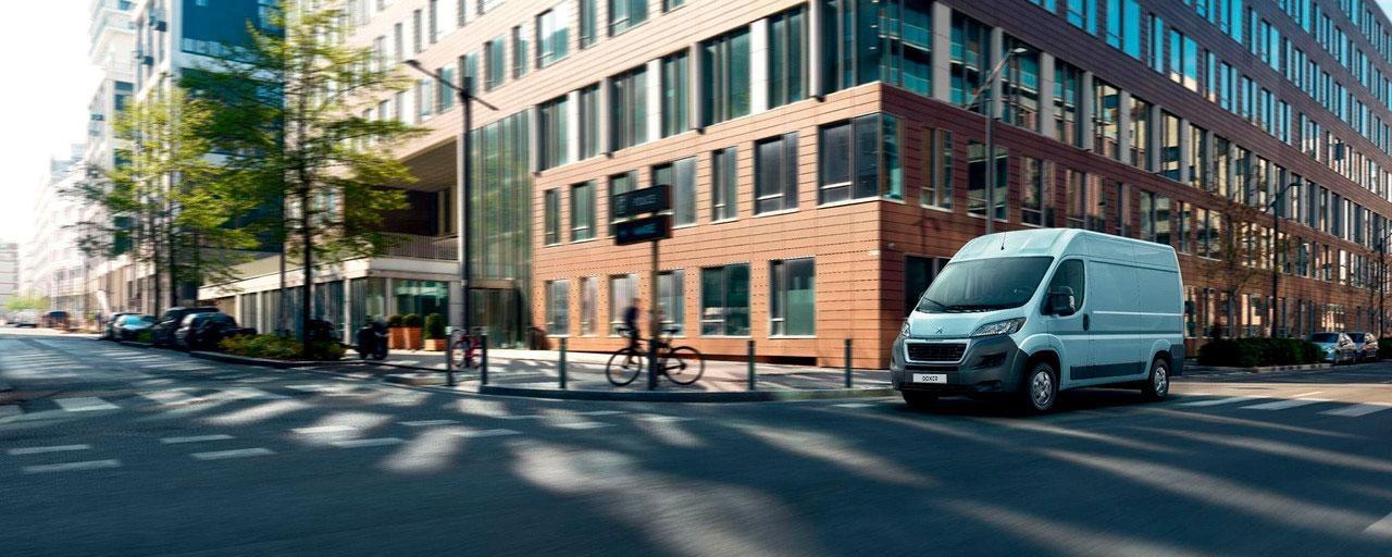 Peugeot Boxer FULL ELECTRIC - Disponible en dos niveles de autonomía