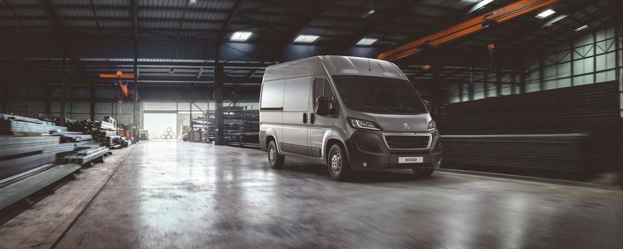 Peugeot Boxer Furgón - Servicios especiales para los profesionales