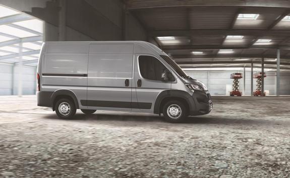 Peugeot Boxer Furgón - Para los que se mueven por terrenos difíciles