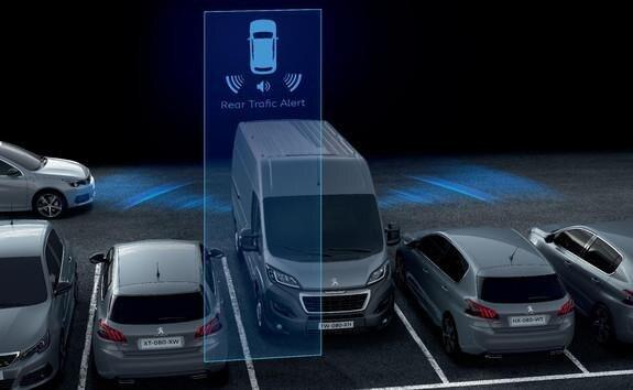 Ayudas a la conducción del Peugeot Boxer - Rear Trafic Alert