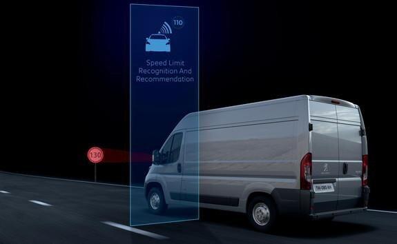 Ayudas a la conducción del Peugeot Boxer - Reconocimiento de las señales