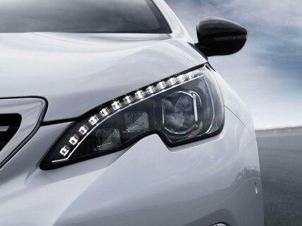 PEUGEOT 308 GT Line: Luces delanteras LED