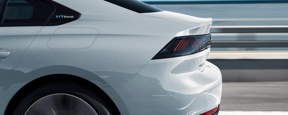 Ventajas del Nuevo Peugeot 508 Hybrid para los profesionales