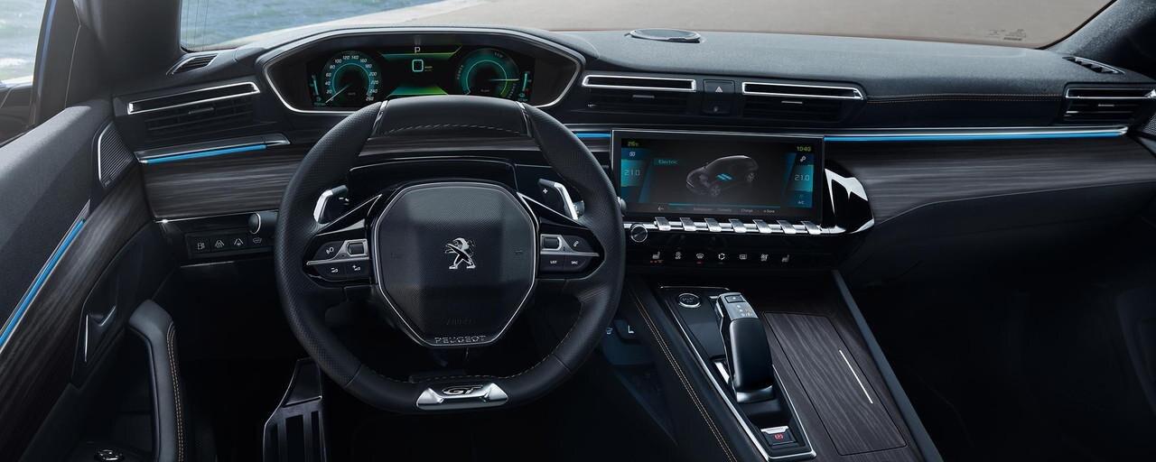 Puesto de conducción i-Cockpit del Nuevo Peugeot 508 Hybrid