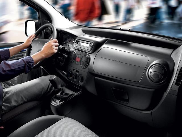Diseño interior Bipper furgon